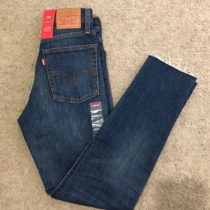 Levi wedgie fit high rise size 24